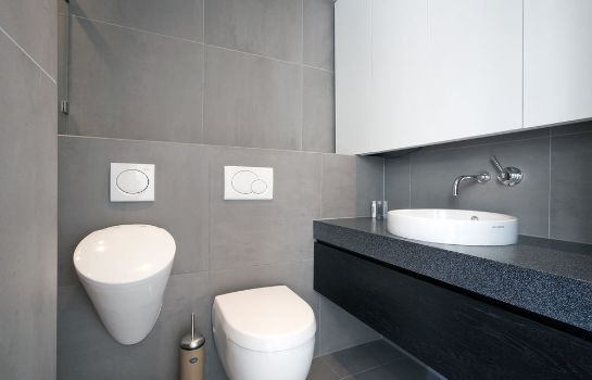 Bagno in camera Charles Apartment