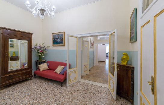 Hotelhalle Friendly Venice Suites
