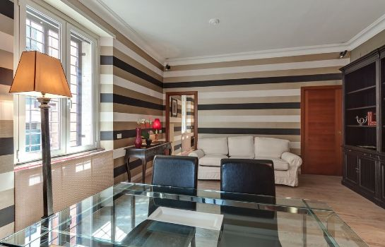 Info Manfredi Luxury Apartments