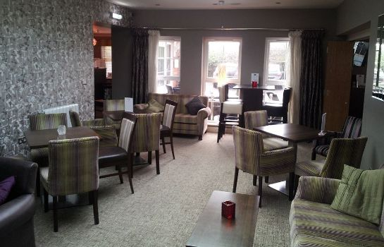 Restaurant The Avenue Hotel at Brockhall
