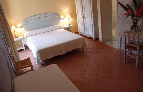 Single room (superior) Hotel Castel d'Orcino