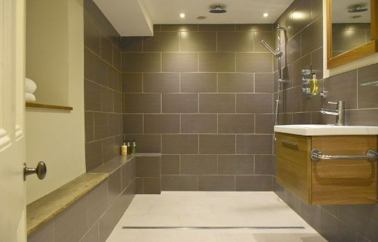 Bagno in camera Lorne House