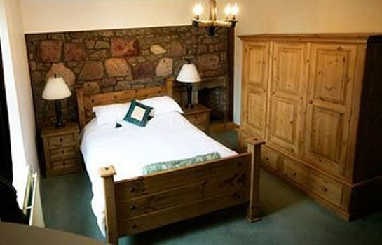 Standard room Broomhall Castle