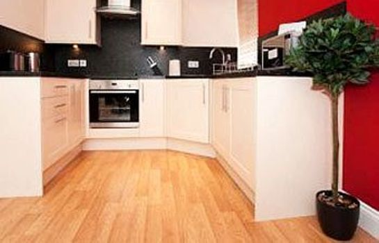Kitchen in room Parkhill Apartments City Centre