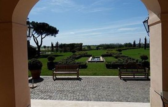 Ambiente Casale di Tormaggiore Villa and Country Suites