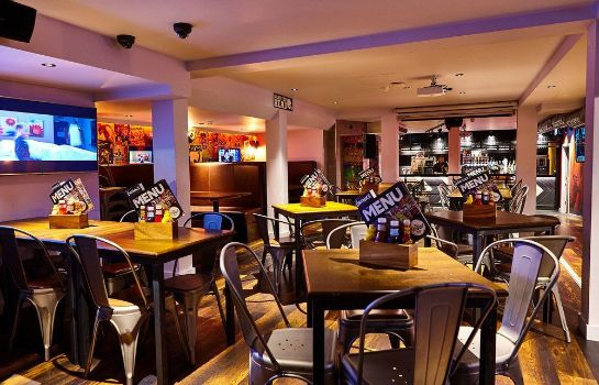 Bar del hotel London Bridge - Hostel St Christopher's Village
