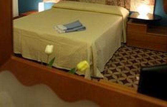 Hotel B&B La Terrazza sul Porto - Trapani – Great prices at HOTEL INFO