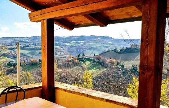 Info Country House Ca' Vernaccia Country House Ca' Vernaccia