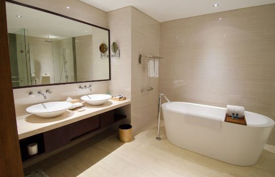 Bathroom VOUK Hotel & Suites