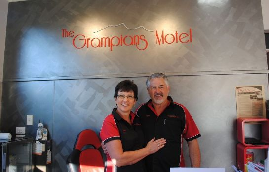 Recepción The Grampians Motel & The Views Restaurant