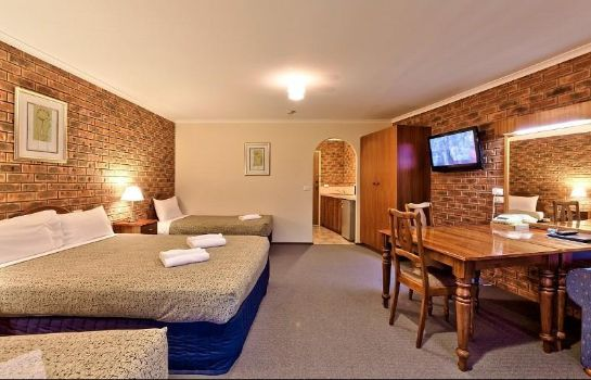Room Hume Country Motor Inn