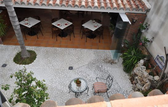 Terrace Welcome Inn Nerja