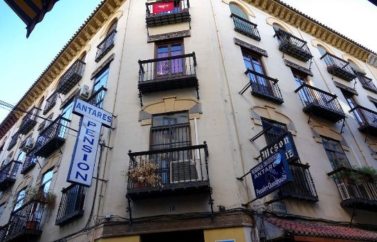 Hostal_Pension_Antares-Granada-Aussenans