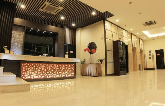 Lobby The Edelweiss Hotel