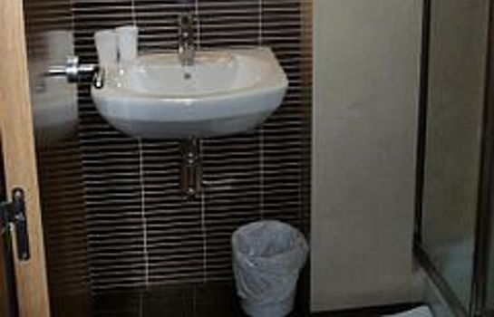 Bathroom Hotel Trebol