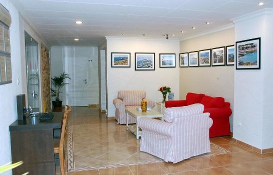Hall Hostal Mar y Huerta