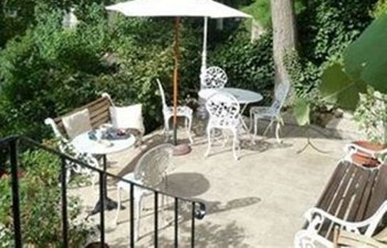 Vista exterior Bed & Breakfast La Campagne a Paris