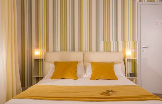 Standardzimmer Royal Rooms - Via Del Corso