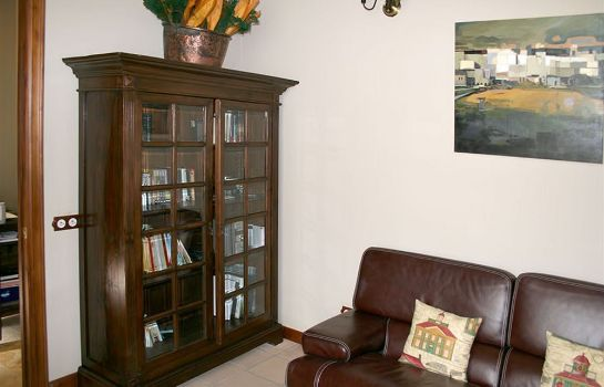 Reading room Tierras de Moya