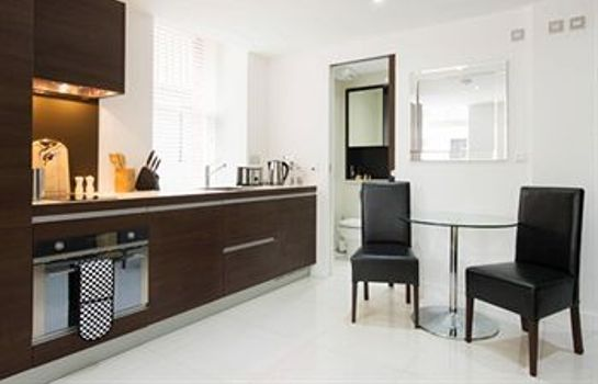 Cocina en la habitación Albany House Luxury Serviced Apartments