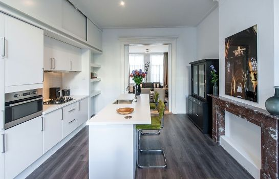 Cucina in camera Hermitage Canal View Apartments