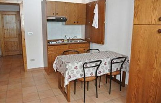 Info White Apartments Cervinia