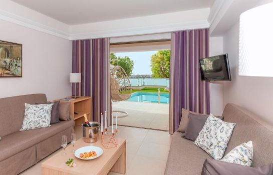 Camera standard Porto Platanias Beach Resort & Spa