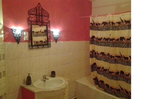 Bathroom Chez Mariebel