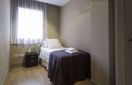 Standard room SSG Camp Nou Apartments