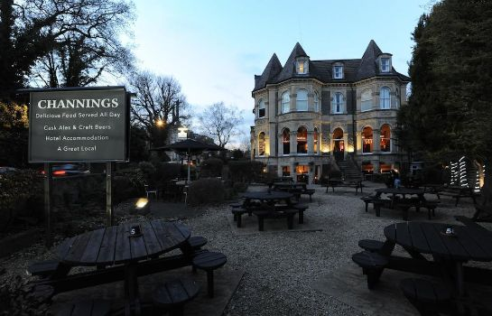 Terrasse The Channings Hotel by Greene King Inns The Channings Hotel by Greene King Inns