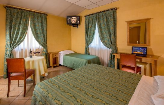 Triple room Hotel Fidene