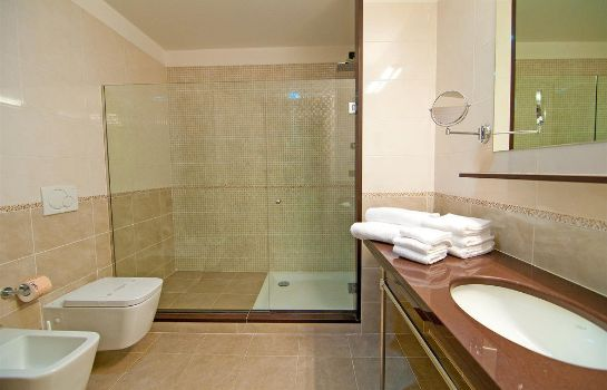 Bathroom Diano Sporting Apartments