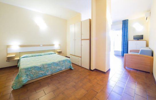 Standard room Diano Sporting Apartments