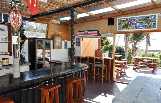 Bar hotelowy Amakaya Backpackers & Apartments