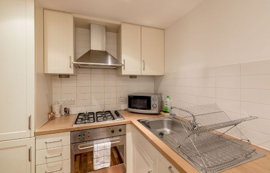 Kitchen in room Silver Lining - Mile Apartments