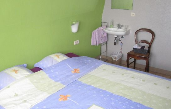 Standard room Andre's Bed & Breakfast