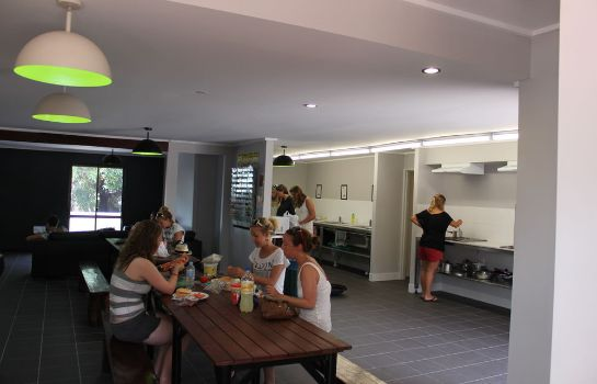 Restaurant Base Airlie Beach Resort