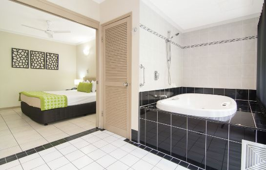 Bathroom Regal Port Douglas