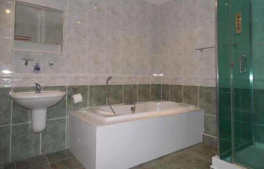 Cuarto de baño Diamonds Guest House
