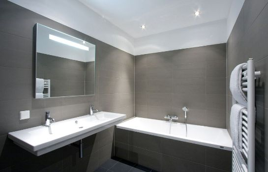 Bagno in camera City Center VIP Apartments