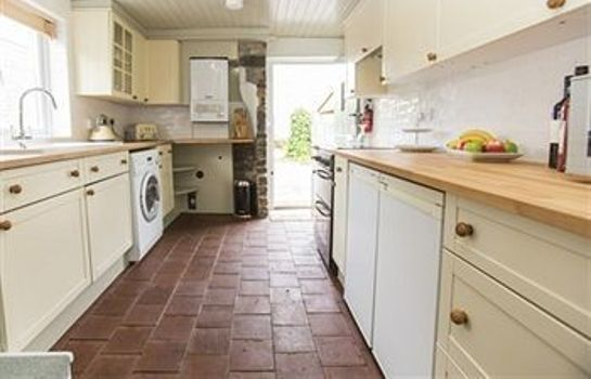 Kitchen in room Withy Cottages