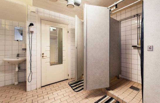 Bathroom Lodge32 - Hostel
