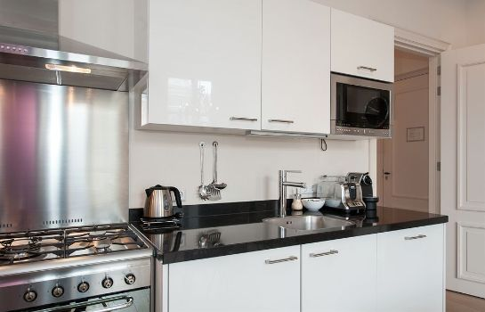 Cucina in camera Cityden Canal Serviced Apartments