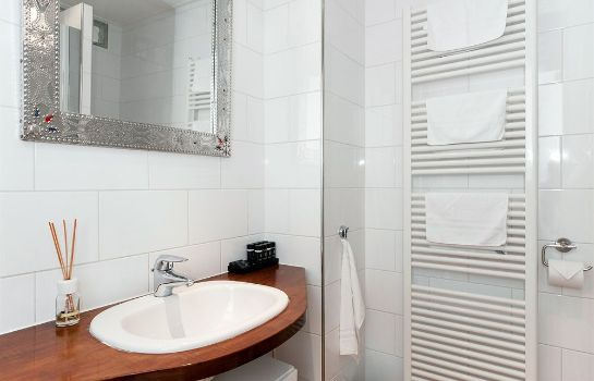 Bagno in camera Cityden Old South Serviced Apartments