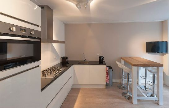 Cucina in camera Cityden Jordan-9 Streets Serviced Apartments