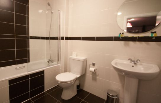 Cuarto de baño Dublin Airport Manor by The Key Collection
