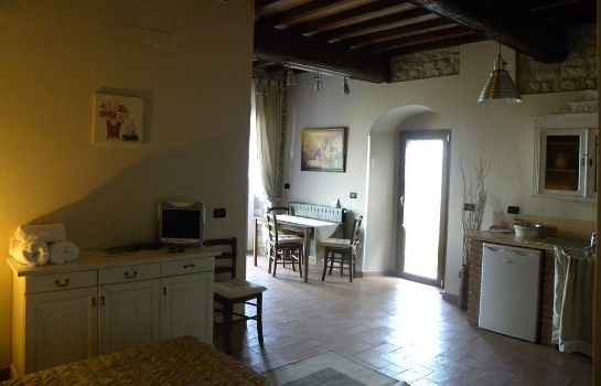 Info Country Resort Il Frassine