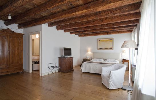 Double room (superior) Relais Corte Guastalla