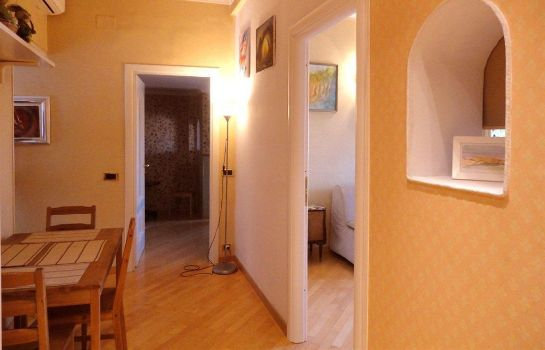 Info Girasolereale City Apartment Rome