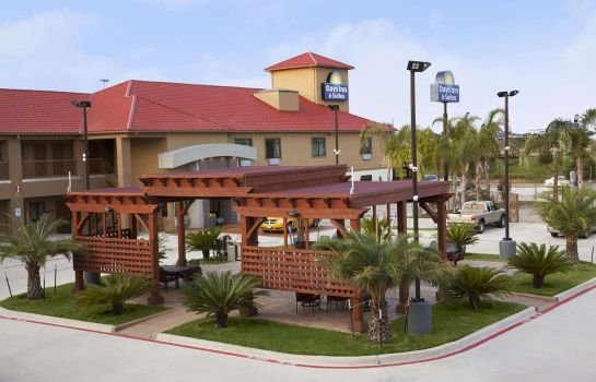 Buitenaanzicht Days Inn & Suites Houston North/spring